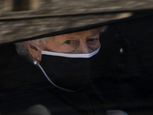 """Queen Elizabeth viert 95ste verjaardag, zonder prins Philip: """"Begin van een overgangsfase"""""""