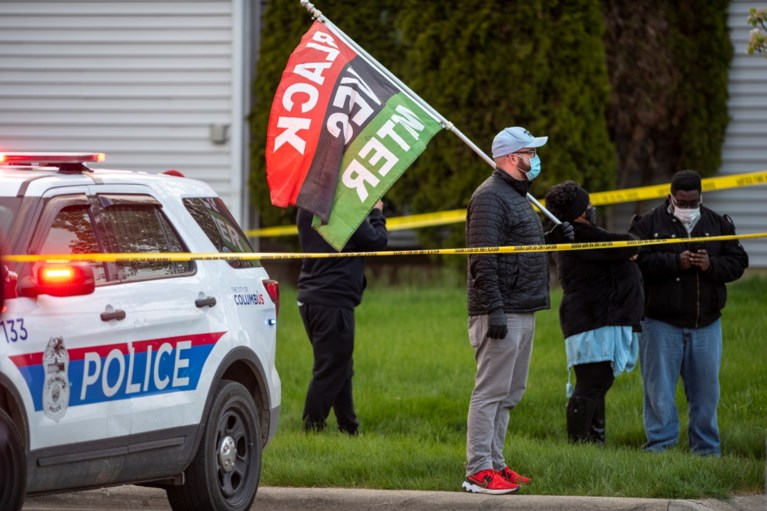 Minuten voor veroordeling Derek Chauvin: politie in Ohio schiet 16-jarig zwart meisje dood