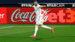 Alweer buitenaardse Karim Benzema brengt Real Madrid (voorlopig) mee op kop in Spanje