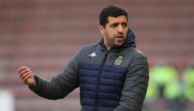 Mehdi Bayat neemt zijn tijd om opvolger te zoeken voor Karim Behocine, naam van Besnik Hasi doet de ronde