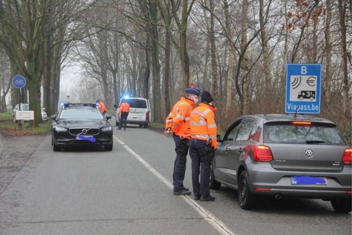 """Verwarring troef in grensstreek maar Belgen zijn niet welkom in Nederland voor een terras of om te winkelen: """"Bij aankomst tien dagen quarantaine"""""""