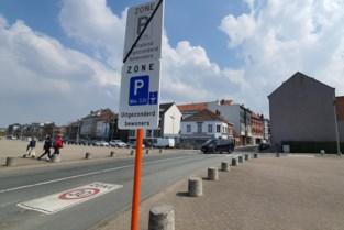 Halle stuurt parkeerbeleid (een beetje) bij