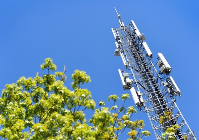 """Frans overheidsagentschap ziet """"geen nieuwe risico's"""" voor gezondheid door 5G"""