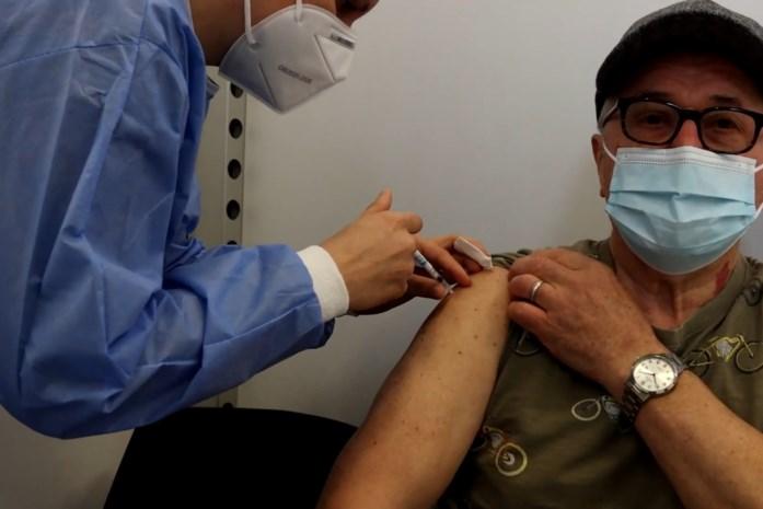 Vijfduizendste coronaprik gezet in vaccinatiecentrum Nazareth