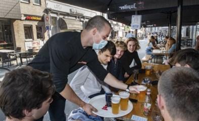 """Andere burgemeesters steunen De Wever: """"Terrassen open tot 23 uur"""""""
