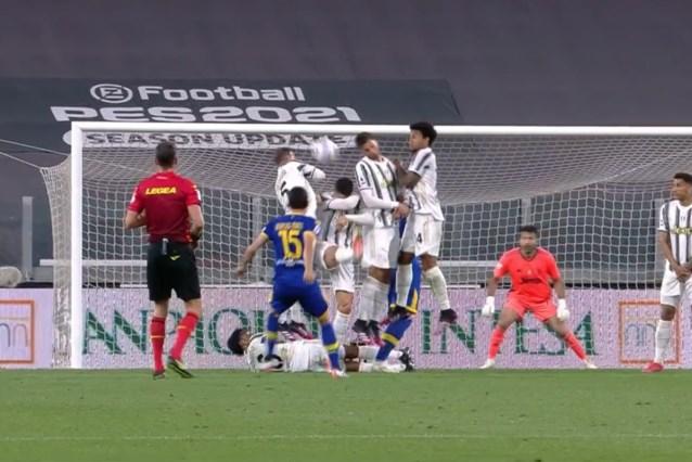 Hilariteit om bizarre actie van Cristiano Ronaldo, die moet vrezen voor een opmerkelijke 'straf' bij Juventus