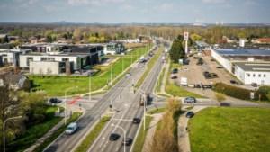 AWV pakt 'zwart stuk' op Diepenbeekse Verbindingslaan aan