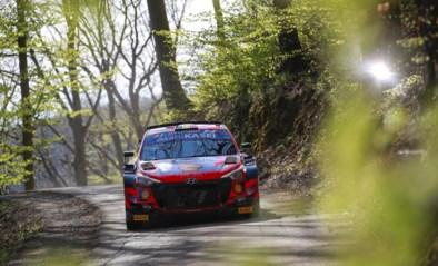 WK-leider Kalle Rovanperä crasht in openingsrit Rally van Kroatië, Thierry Neuville eerste leider