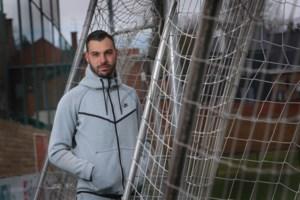 """Lucas Pirard staat opnieuw tussen de palen: """"Thuismatch in ander stadion is wel vreemd"""""""