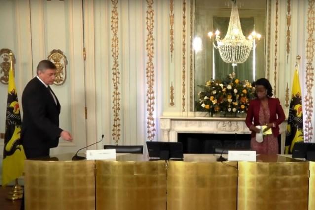 """Vlaamse regering reageert """"geschokt"""" op fragment uit 'De ideale wereld', VRT haalt fragment offline"""