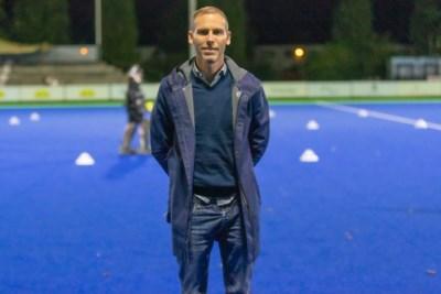 """Teammanager Kenneth Kesteleyn looft de mentaliteit bij Gantoise: """"Onze favorietenrol moeten we waarmaken"""""""