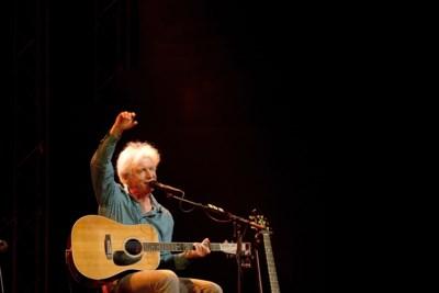 Boudewijn De Groot stopt plots met optreden: hoe corona en ziekte de 'Bob Dylan van de Lage Landen' van het podium halen