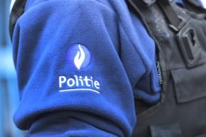 """Politie betrapt horecazaak die stiekem alcohol serveert: """"Veel volk op plein riep vragen op"""""""