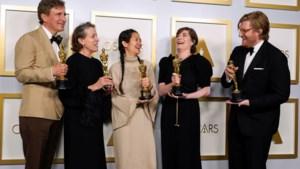 Oscars uitgereikt in kleinere maar glamoureuze show: 'Nomadland' grote winnaar, Belgen grijpen naast grote prijzen