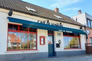 Café in Arendonk ontruimd na klachten over stank en ratten