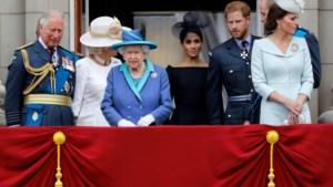 Harry en Meghan mogelijk echt verbannen van koningshuis