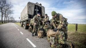 Militairen willen naar rechter wegens te late uitbetaling premies