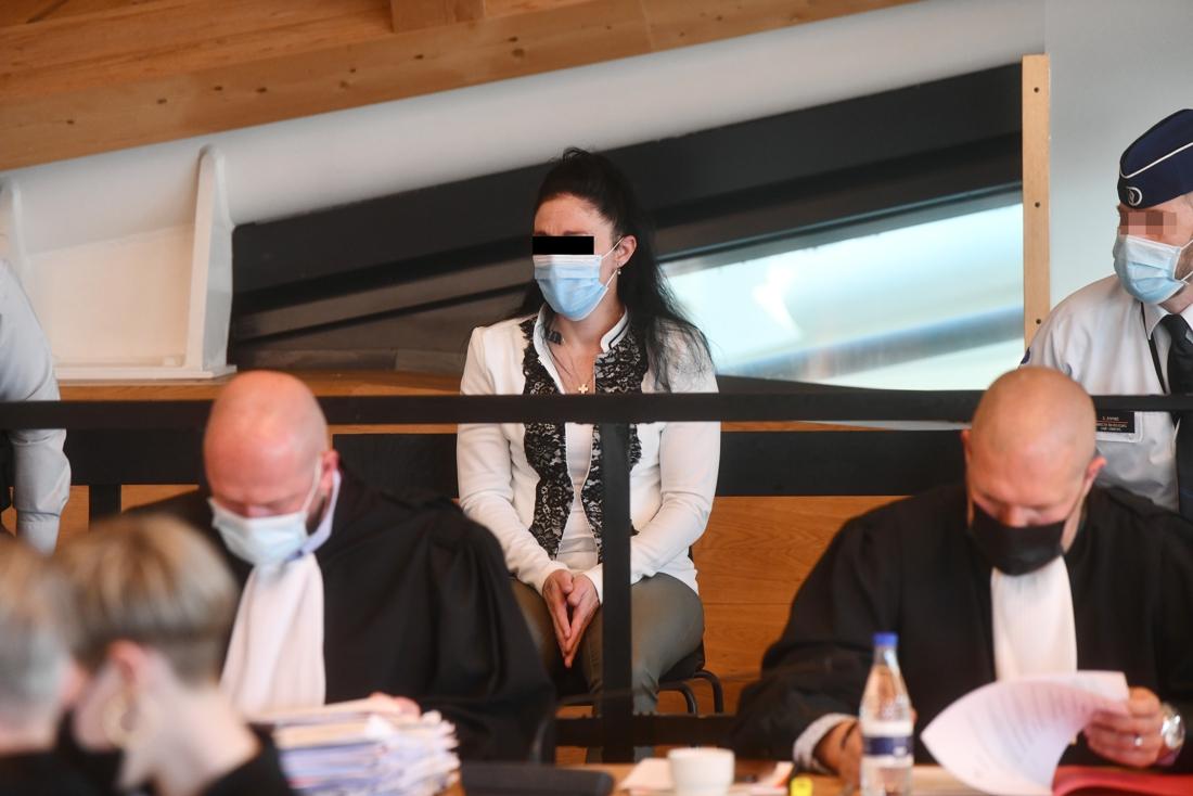 """ASSISEN. Ashley Van de Velde over de roofmoord: """"Ik ben een ... - Het  Nieuwsblad Mobile"""