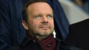 Boze fans van Manchester United vallen huis van ontslagnemende Ed Woodward aan