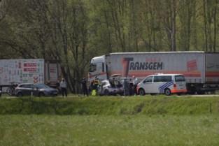 Autobestuurder kritiek na klap tegen vrachtwagen op Verbindingslaan