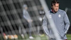 """Antwerp-coach Vercauteren hult zich in stilzwijgen over lot van Refaelov: """"Geduld, het is voor iedereen moeilijk"""""""