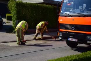 Vervuiler van olie op weg stelt zich agressief op tegen hulpdiensten