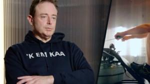 """Bart De Wever verplettert Bouchez in De Container Cup: """"Dat zal hem leren van mij eraf te rijden"""""""