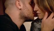 De passie laait op in 'De bachelorette': ook Ivan scoort kus met Elke