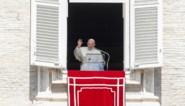 Paus verstrengt regels tegen corruptie