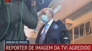 Voorzitter van Portugese topclub FC Porto weet niet wat hem overkomt: makelaar valt cameraman uit het niets aan