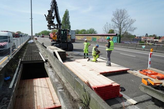 """Nu al schade aan net vernieuwd viaduct: """"We onderzoeken wat de oorzaak is"""""""