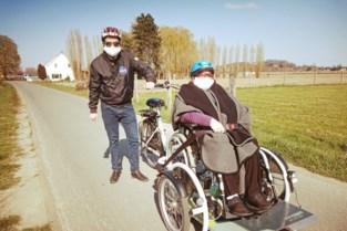 E.T. en Top Gun moeten rusthuisbewoners aan rolstoelfiets helpen