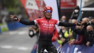 Nairo Quintana pakt eerste zege dit seizoen in openingsrit Ronde van Asturië