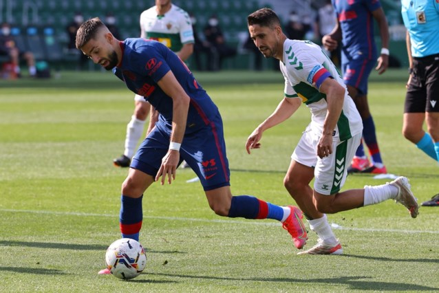 Yannick Carrasco alweer beslissend, Atlético Madrid kruipt door het oog van de naald na late penaltymisser Elche