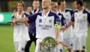 """Onze Anderlecht-watcher haalt herinneringen op na afscheid Olivier Deschacht: """"Op een dag zette Oli me de perszaal uit"""""""