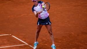"""Elise Mertens plaatst zich in Madrid (moeizaam) voor achtste finale tegen Simona Halep: """"Ik bleef vechten"""""""