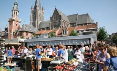 Donderdagmarkt schuift op door grotere terrassen