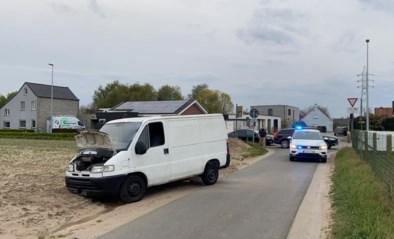 Politie klist twee Franse dieven na lange achtervolging waarbij bestuurder van aangereden auto gewond raakt