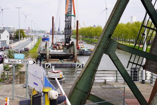 Nog eventjes geduld: na half jaar files is Meulestedebrug bijna hersteld