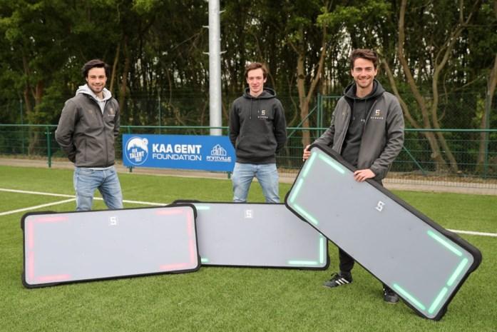 """Start-up SCARAB Sports wil voetbalwereld veroveren: """"Dankzij AA Gent en OH Leuven kunnen we ons algoritme verfijnen"""""""