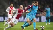 """Ajax-speler Davy Klaassen gooit schoenen weg bij titelviering, maar had dat beter niet gedaan: """"Ik wil ze terug"""""""