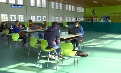 Besmettingen lopen op: twee extra scholen moeten in quarantaine