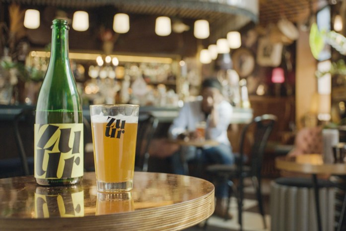 Meer dan 8.500 Brusselaars steunen 82 cafés via growfundingsactie Zuur