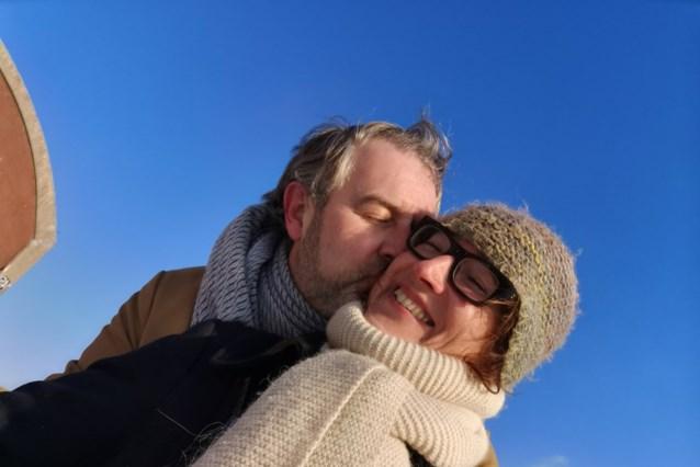 """Sven uit 'Blind getrouwd' heeft dan toch de liefde hervonden: """"Dus, wanneer gaan we trouwen?"""""""