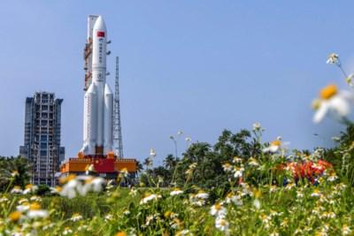 Verdwenen Chinese raket zal binnenkort op aarde crashen, maar wanneer én waar? Dat weet niemand