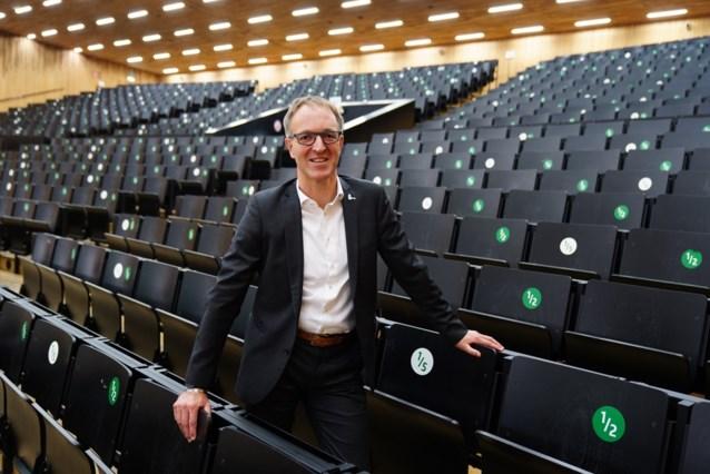 """UGent-rector pleit voor """"slimme mix"""" van on- en offline onderwijs na corona: """"We schieten tekort als maatschappij"""""""