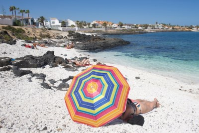 OVERZICHT. Dromen van vakantie, maar waar mogen we naar toe en wat zijn de geldende maatregelen?