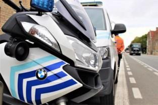 Man met levenslang rijverbod wil voor politiecontrole snel van plaats wisselen met vrouw