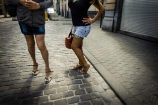 Van weerzinwekkende voodoorituelen tot stokslagen: leidster van prostitutiebende riskeert tien jaar cel