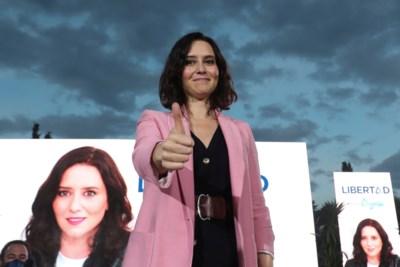 Horeca open, verkiezing binnen: de eerste politicus in de EU die scoort omdat ze een coronarebel is
